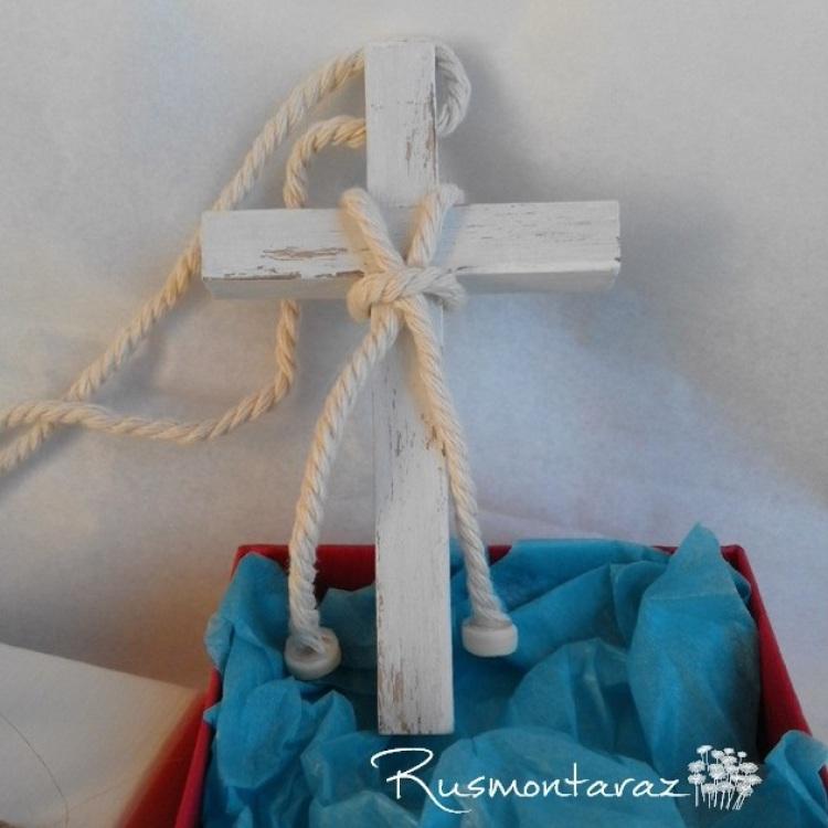 Cruz de comunión, cruces de comunión, cruces de madera, cruces de cuerda, trajes comunión niño, comunión